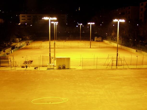 Budapest, Park Teniszklub pályavilágítás, 2