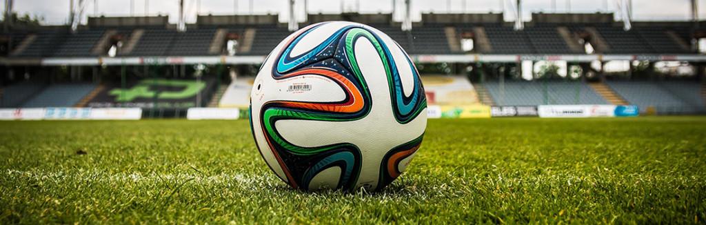 sportvilágítás-focilabda füvön sliderkép